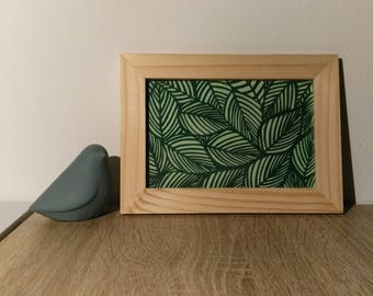 "Frame to put ""sheets of paper"" kirigami * hand cutting *."