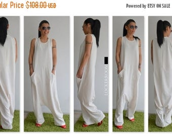 ON SALE White Maxi Jumpsuit / White woman jumpsuit / Oversize jumpsuit / White plus size jumpsuit / woman loose jumpsuit