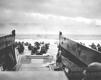 Poster, Many Sizes Available; Us Army Troops At Omaha Beach Invasion Of Normandy 6 June 1944