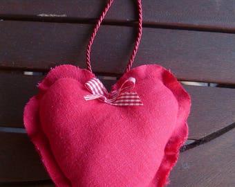 Small linen hearts