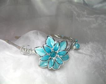 Serre tête Fil d'aluminium Fleur Dahlia bleu turquoise