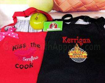"Kiss the Cook & Grill Master Matching Couples Aprons. Many colors + fonts. 24""L x 28""W professional 3 pocket full bib. His can be longer!!!"