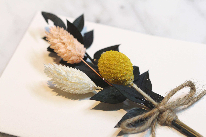 Handmade preserved flower greeting card fmini bouquet cardgreeting handmade preserved flower greeting card fmini bouquet cardgreeting cardfor mom kristyandbryce Gallery