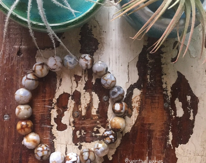 Love You A Latte | Faceted Cappuccino Cracked Agate | Chunky 10 mm Beads | Spiritual Junkies | Yoga + Meditation | Stackable Mala Bracelet