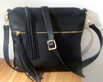 Crossbody leather purse Womens fringe bag Medium Black genuine leather Zipper handbag Womens wallet Gift for friend Birthday Gift Boho bag