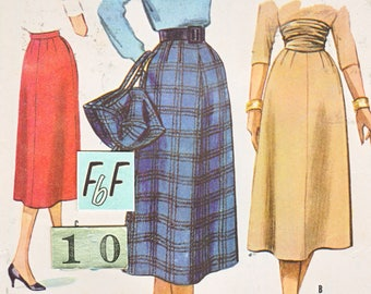 1950's A Line Skirt Sewing Pattern/ McCall's 3808 Mid Century flared office Skirt with pockets/ Size 10 Waist 25