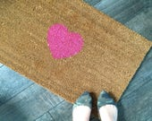 Heart Welcome Mat / Hand painted, customizable doormat / Wedding Gift / Housewarming Gift / Gift for Girlfriend / Custom Valentines Gift
