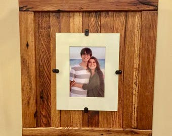 Rustic Wood Frame, Rustic Frame, Reclaimed Wood Frame,  5 x 7 Picture Frame with Mat,  8 x 10 Picture Frame without Mat, FREE SHIPPING
