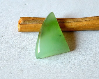 Chrysoprase 10 Cts Natural Beautiful Green Gemstone Triangle Shape Loose Cabochon 19x15x5 MM R14253