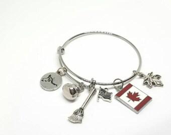 Curling charm bracelet - Curling bracelet - Curling jewelry - Curling accessories - Sports jewelry - Curler bracelet - Curler Jewelry