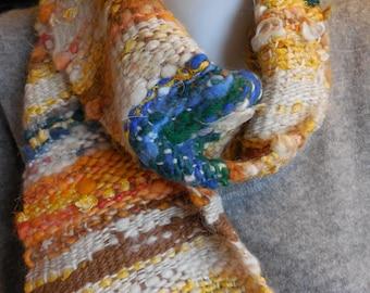 Hand woven scarf fiber blend