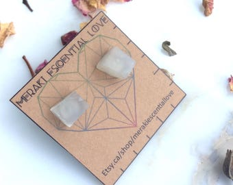Moonstone Earrings. Raw Moonstone Earring studs. Boho Jewelry. June Birthstone. Cancer Birthstone