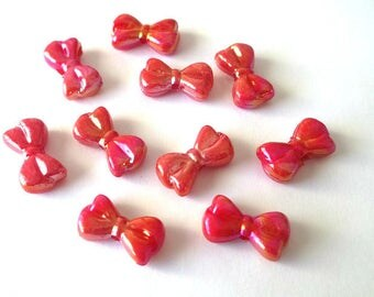 10 pearls Butterfly acrylic red 18 x 10 x 6 mm