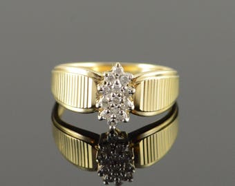 10k 0.15 CTW Diamond Cluster Ring Gold