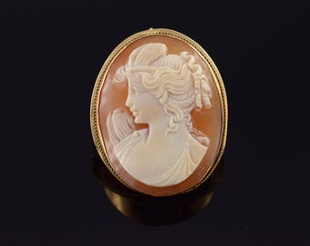 14k 31x25mm Carved Cameo Shell Pendant/Pin Gold
