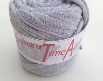 26 yards of Smooth Speckled Gray t-shirt zpagetti yarn