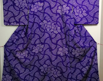 Purple  shibori traditional Japanese kimono