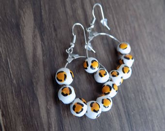 Earring ring beads white/yellow