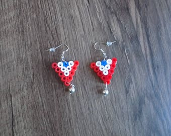 Small triangle earring Pearl hama blue/white / red