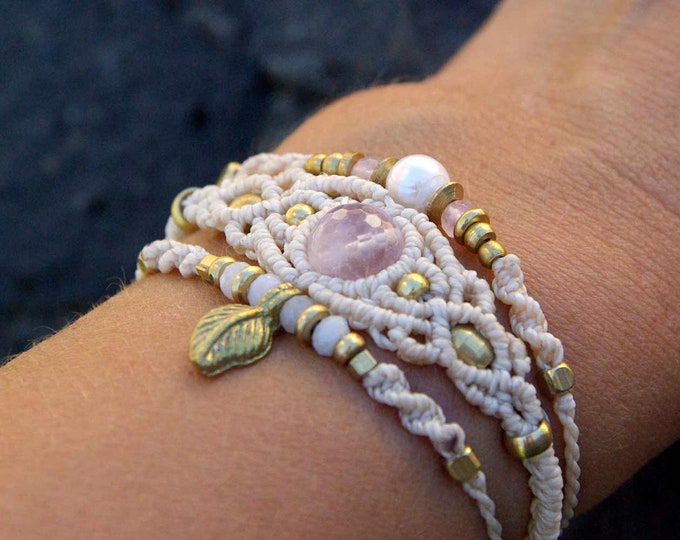 Kit of 3 macrame bracelets, adjustable, with brass, nickel free, pearl, 3 macrame bracelets, adjustable, talisman, free shipping cost