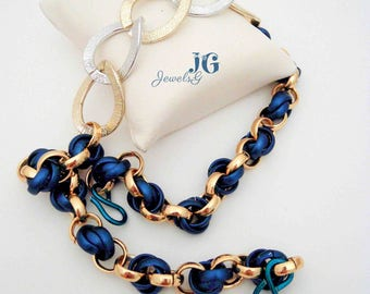 Chainmail Necklace blue, gold and Silver