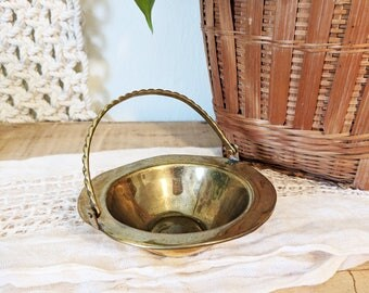 Small Brass Basket / Brass Bowl with Handle