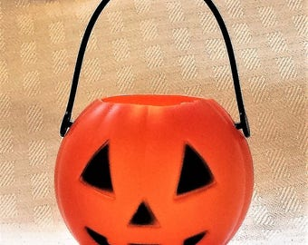 Wicked and Wild - Bath Bombs - Bath Fizzies - Halloween - Halloween Bath Bombs - Jack O' Lantern Bath Bombs - Fun Bath - Pumpkin