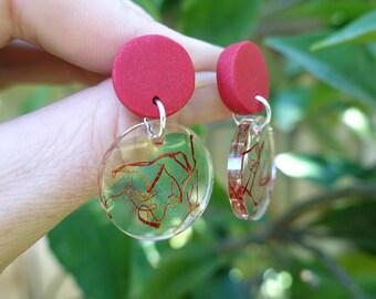 Saffron earrings, drop earrings, dangle earrings, red earrings, gift under 20, mother day gift, statement earrings, colourful earrings, gift