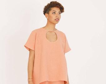 Verkauf, Bio Hanf Ausschnitt oben in Koralle, Sommer Tops, Damenmode, Damen-Oberteile, Hanf-Kleidung, nachhaltige Kleidung, Leinen Bluse