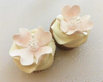12 Dogwood Elegant Fondant Flowers with Buds Fondant Flowers Gumpaste Flowers Cake Toppers Cupcakes Topper Cake Decorations Wedding Cake