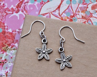 Tiny Silver Flower Earrings. Floral Botanical Nature Gardener. Drop Earrings. Simple Jewelry Gift - Everyday Jewelry. Simple Gift for Her.