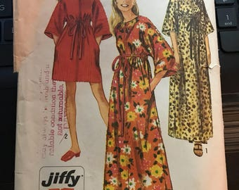 Vintage 60s Simplicity 3551 Loungewear Pattern-Size Small 8-10 (31 1/2-32 1/2 Bust)