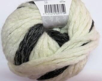 Wool Katia Textura ecru and black