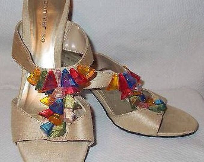 Vintage 90s Ann Marino Gold Rainbow Lucite Plastic Bead Accents Womens Strappy Heeled Sandles Sandals Shoes
