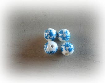 4 white ceramic patterned turquoise blue flowers 12 mm round beads