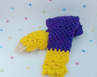 Long Sleeve Gloves, Dragon Gloves, Crochet Armwarmers, Fingerless Gloves, Crocodile Stitch, Dragon Scale, Mermaid Pattern, cosplay accessory