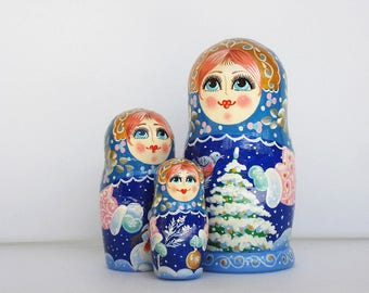 Russian dolls-wooden matryoshka-painted nesting doll-handmade-Russian souvenir-a unique gift-3 in 1 is a set of nesting dolls