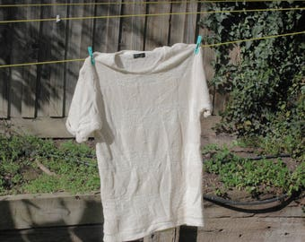 vintage portugese CREAM t shirt made of soft cotton