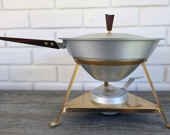 Vintage Mirro Medallion Chafing Dish, Mid Century Warming Dish, Vintage Chafing Dish, Atomic Design Serving Dish