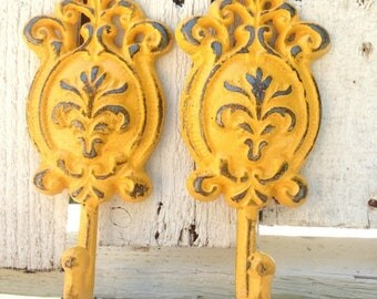 ON SALE Yellow Vintage Wall Hooks - Shabby Chic Decor - Towel Hooks - Entryway Wall Decor - Key Holder For Wall - French Country Cottage - K
