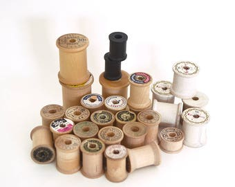 Wooden spools -- vintage wood thread spools, crafting supply, sewing enthusiast, stitching, embroidery, 29 spools, black and natural wood