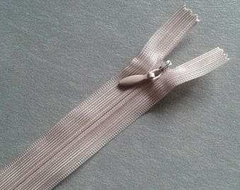2 20 cm Brown invisible zippers