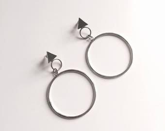 Triangle big circle earrings