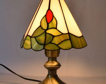 Tiffany Style Leaded Glass Table Lamp Lovely Condition