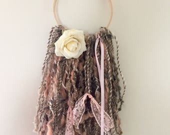 Art yarn wall hanging - cottage decor- natural brown, coral pink and white - hand spun - hand dyed yarn - naturally dyed yarn