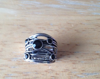 Black & Silver Ring - paparazzi - with stretchy band