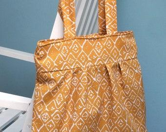 Pale yellow bag
