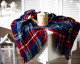 KING SIZE woolen bedspread- bed cover - Tartan bedspread - Wool bedding - Large Blanket - Wool Couch Cover - Bedspread Wool