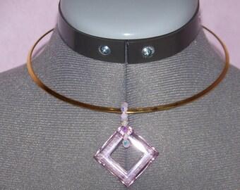 Rigid way torque with square swarovski pink necklace