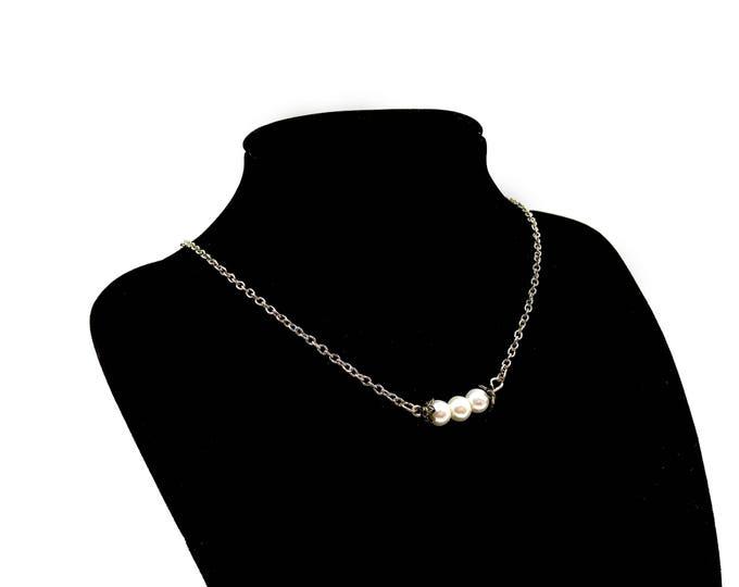JAQUI: triple faux pearl chain choker